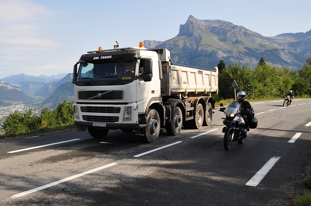 Holiday 2009 – Overtaking a truck