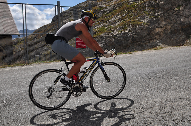 Holiday 2009 – Cyclist climbing the Col du Galibier (2645 meter)