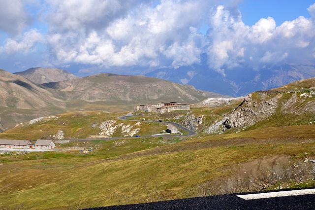 Holiday 2009 – Descend on the north side of the col de la Bonette