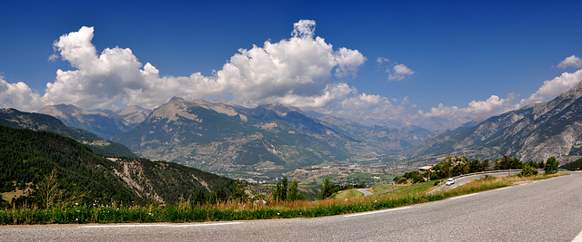 Holiday 2009 – Descend on the north side of the col de la Bonette