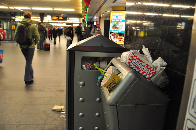 Cleaning-staff strike at Amsterdam Central Station