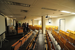 Lecture hall 1A20 in the Pieter de la Court building of Leiden University
