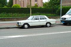 1975 Mercedes-Benz 230.6