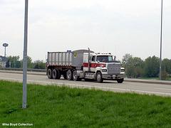 ford_ltl9000_dump_trk_sr9_bloomington_il_05'08