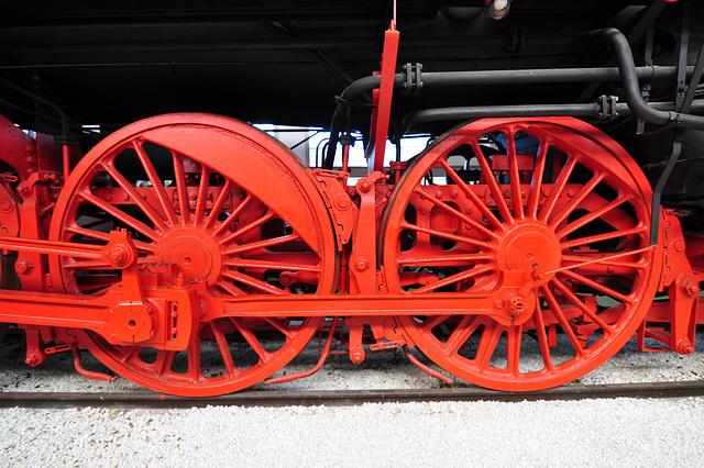 Technik Museum Speyer – Wheels of the steam loc 01 514