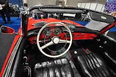 Interclassic & Topmobiel 2011 – 1962 Mercedes-Benz 190 SL dashboard