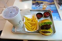 Dubai 2012 – Food at the Shake Shack