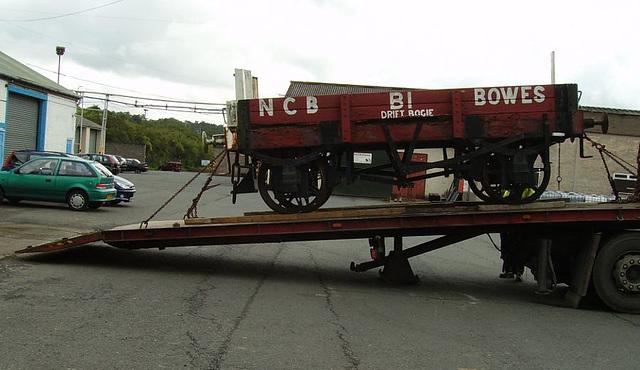 BR DB - arriving at Haltwhistle
