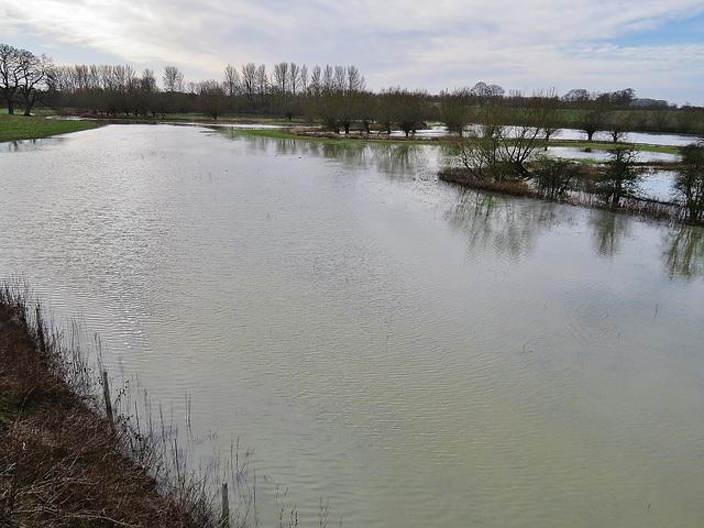 flooding, king's sutton, northants