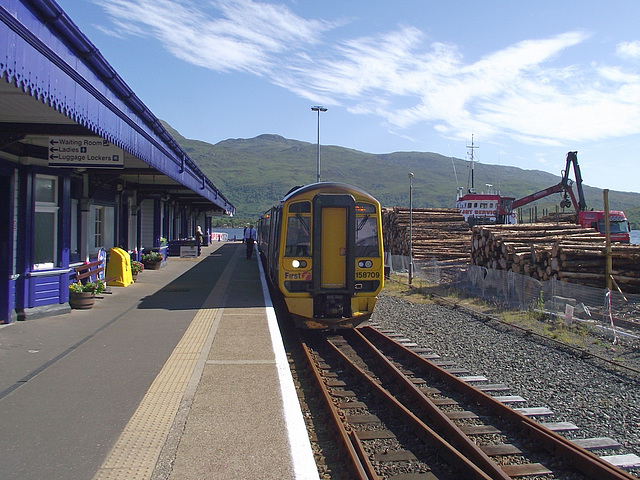 158709 awaits departure at Kyle