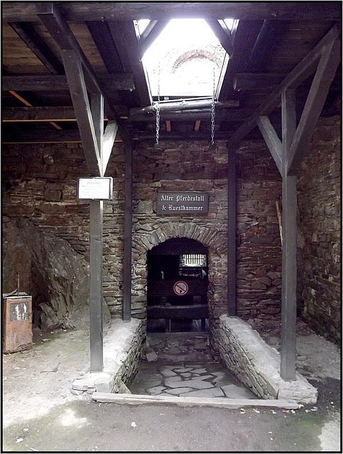 Burg Thurant 128