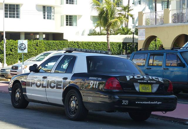 Miami Beach Crown Vic - 24 January 2014