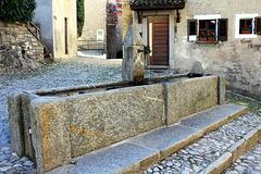 Bré, Piazza Sassello