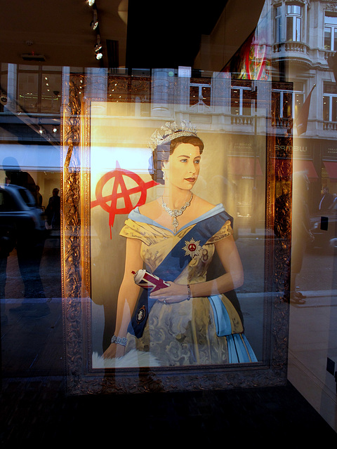 Her Maj the Anarchist