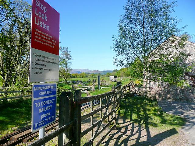Muncaster Mill Crossing 2