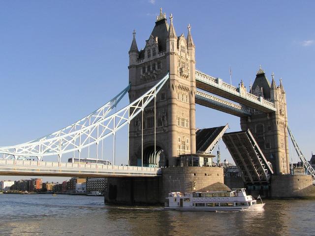 Thames (p9041173)