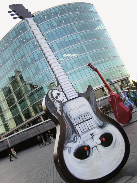 Guitar Town (p9041200)