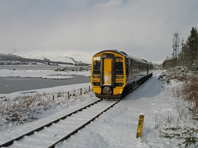 158705 nearing  Attadale station