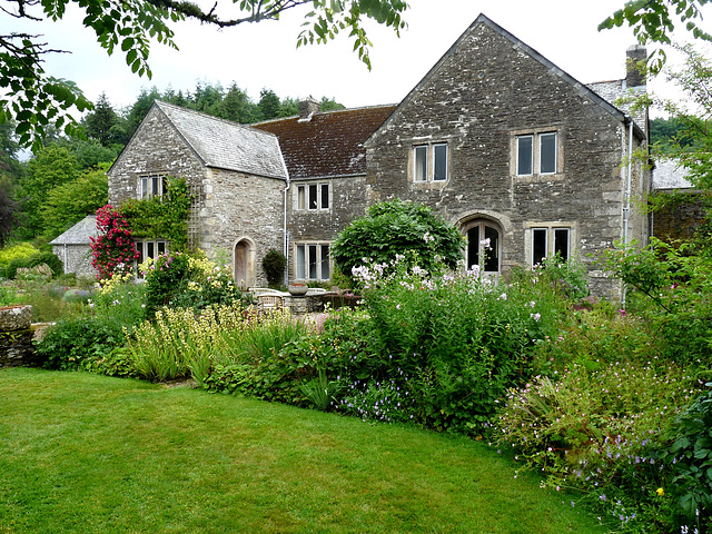 The Cider House Garden- Buckland Abbey Estate