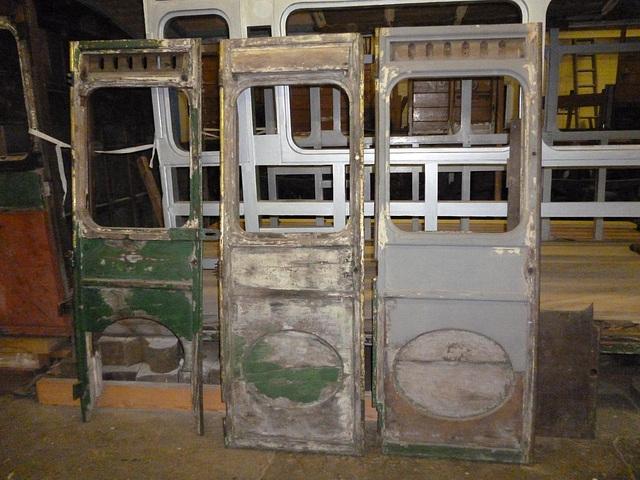 NER70 - three doors