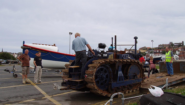TiG - Launching Tractor