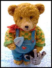 Love gardening - bear