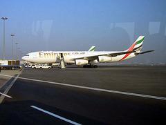 Emirates A340