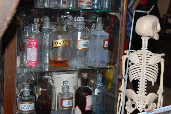 Skeleton with jars