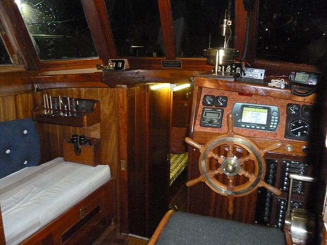 MF - wheelhouse from cockpit