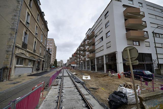 BESANCON: Travaux du tram: 2014.01.26 Avenue Fontaine Argent 03 .