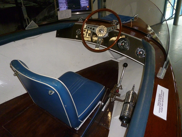 BBH - Jetstar cockpit