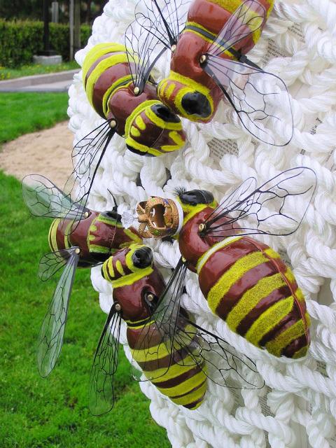 Queen Bee (p8081380)
