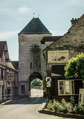 Moret sur Loing Porte Bourgogne
