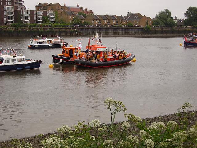 olb - two lifeboats
