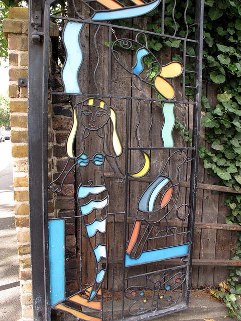 Regents Canal Mermaid Gate