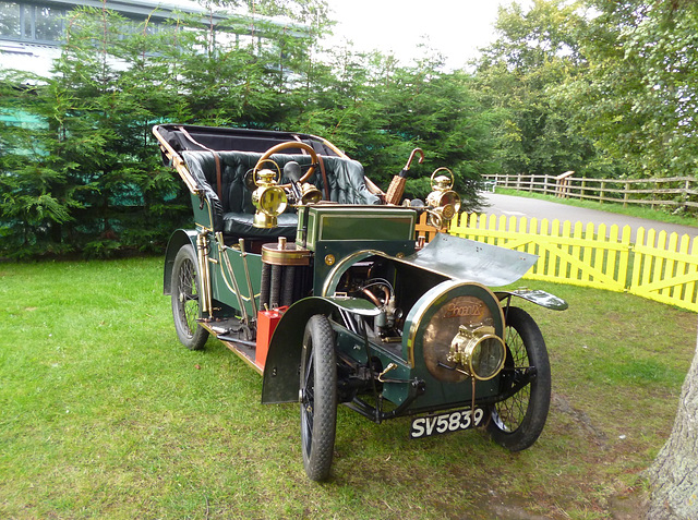 BM - eve - car on display