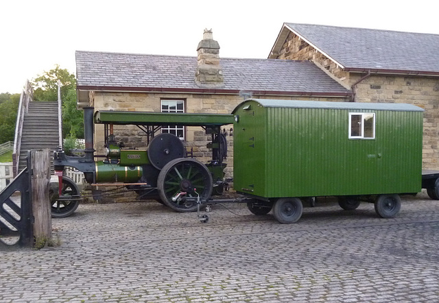 BM - eve - Aveling and Van