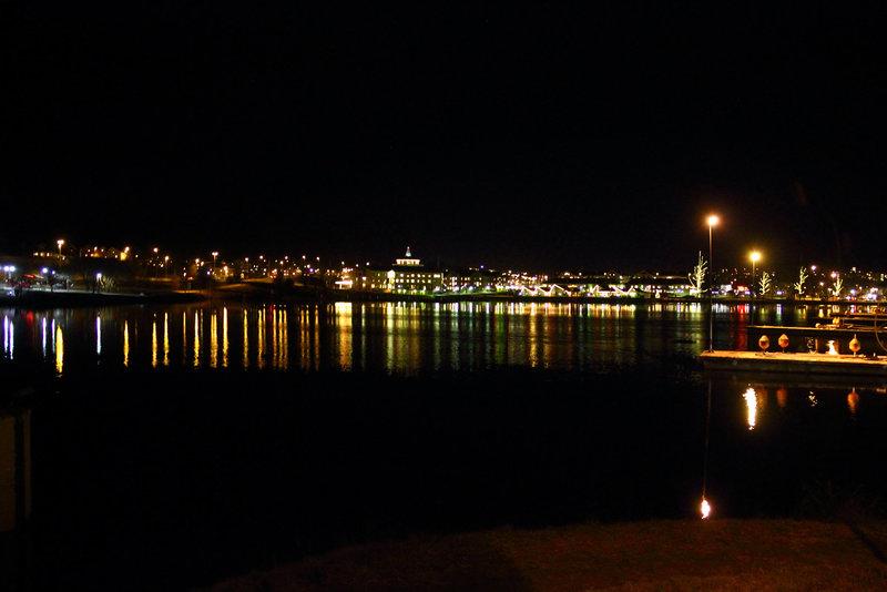 Härnösand by night