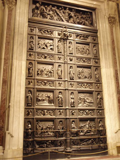 Isaakskathedrale -- Tür