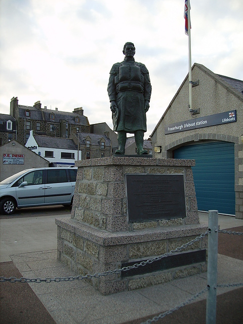 olb - memorial Fraserburgh