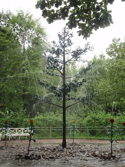 "Peterhof -- Springbrunnen ""Eichen"""