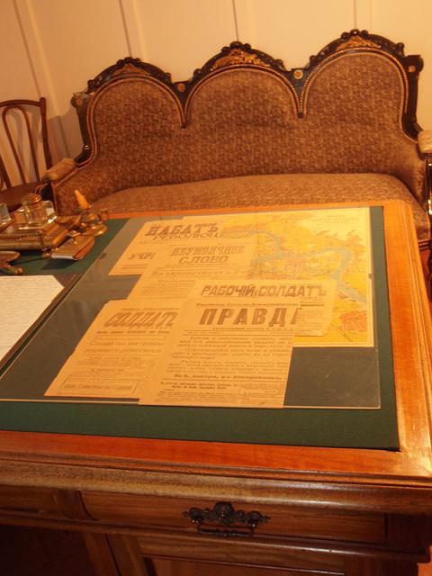 Lenins Kabinett. Zeitungen