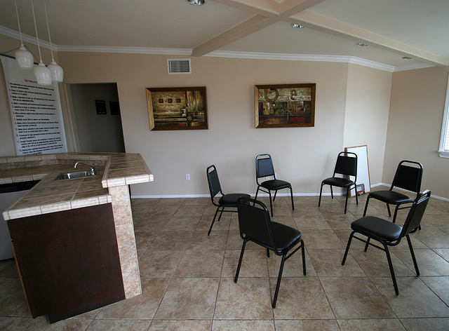 Bella Monte Recovery Center group room (4115)