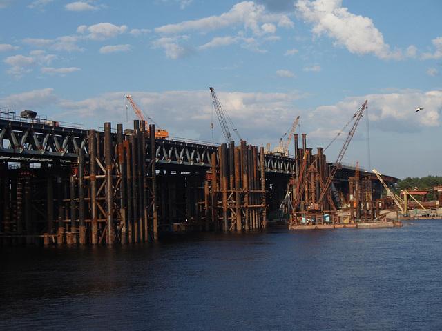 die Brücke in Zukunft