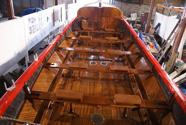 WR - internal finish - varnished deck