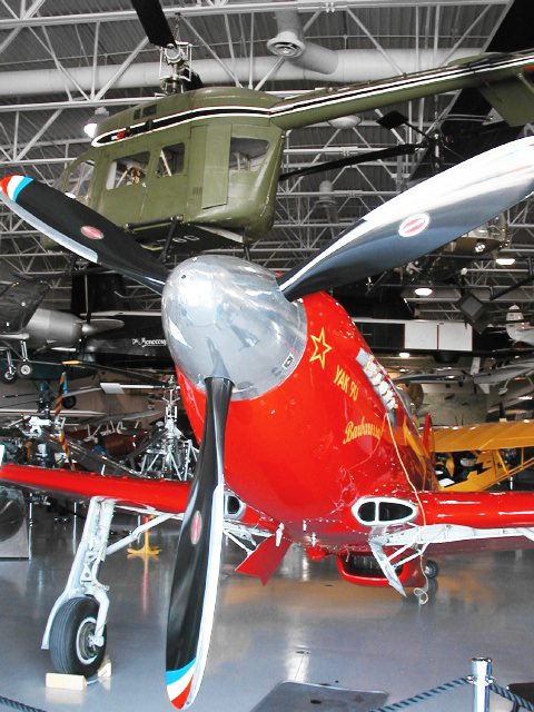 Yak-9 (p1010097)