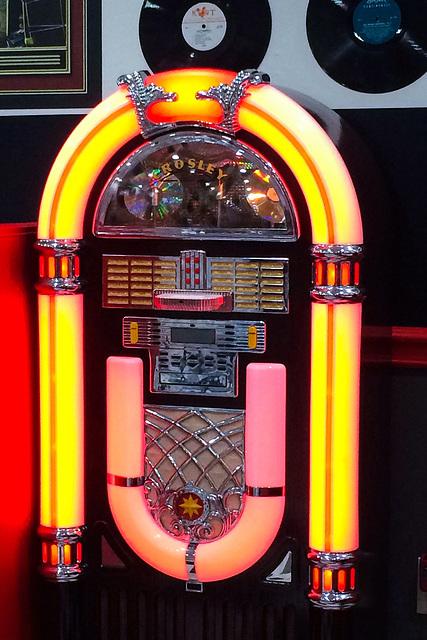 jukebox at the diner