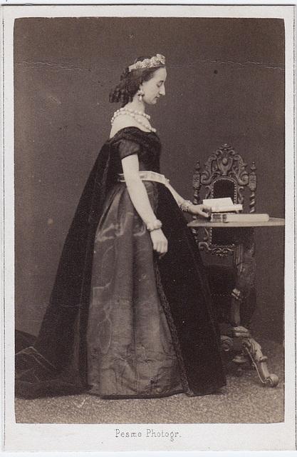 Marie Bengraff by Pesme