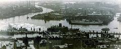 Hamburg, Reiherstieg, Überseebrücke und Vorsetzen, April 1950 (190°)