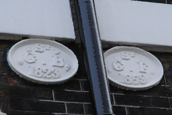 Parish Boundary Markers, Bedford Square